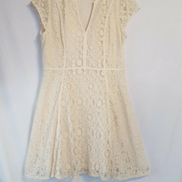 LC Lauren Conrad Dresses & Skirts - LC Lauren Conrad Lace Dress